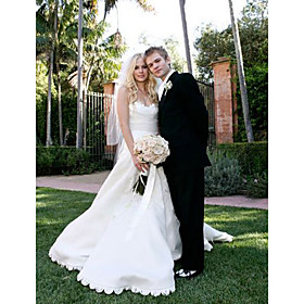 Avril Lavigne Ball Gown Sweetheart Floor-length Satin Organza Celebrity Wedding Dress (WSM0376)